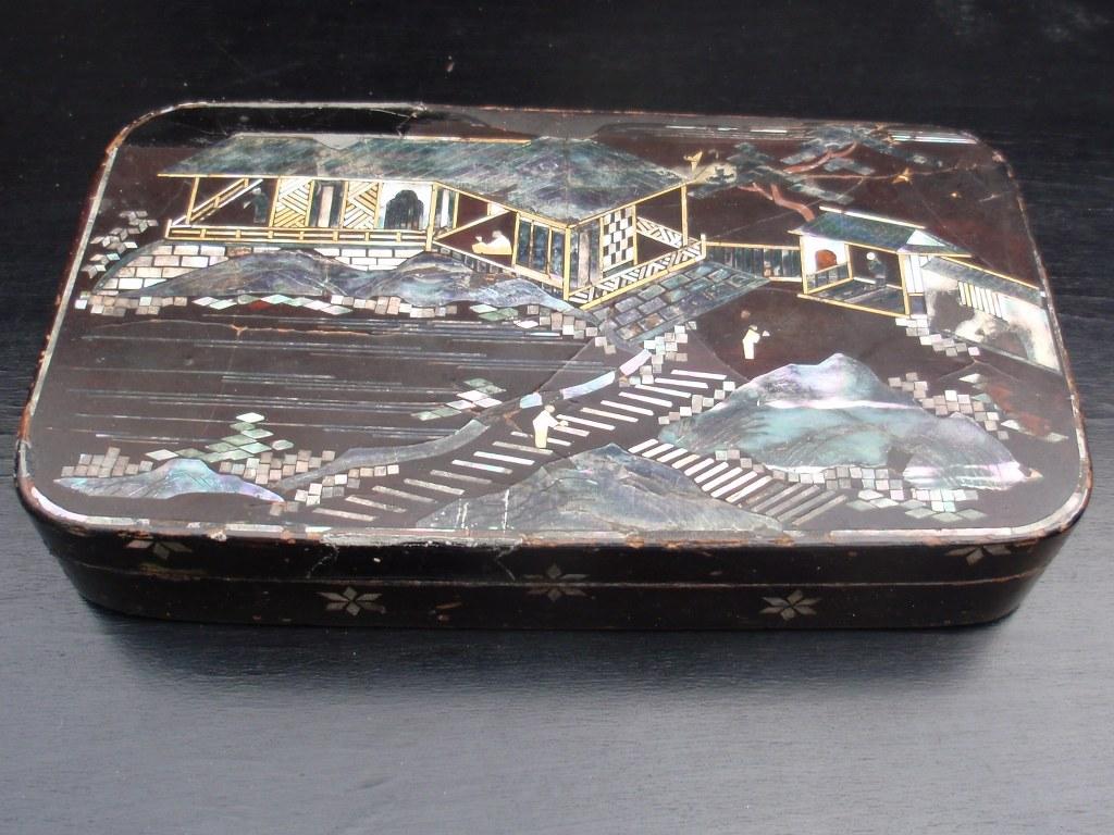 Nagasaki tobacco box