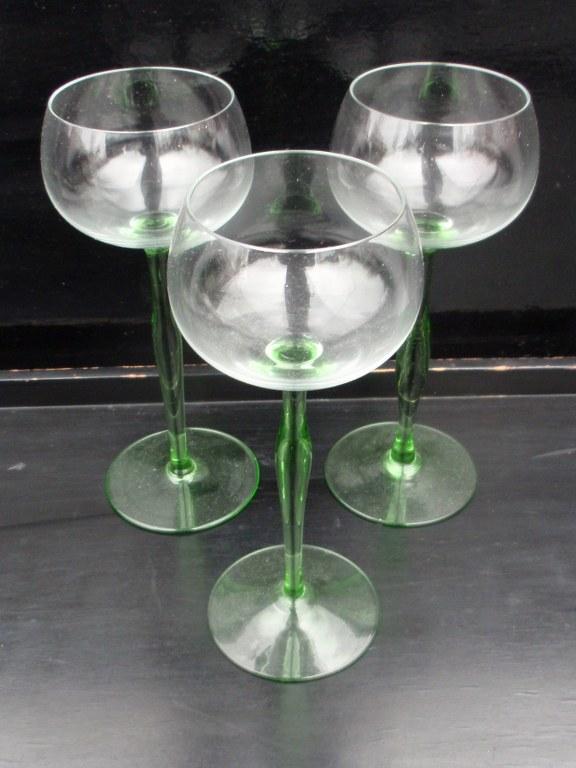 Weingläser im stil von Peter Behrens