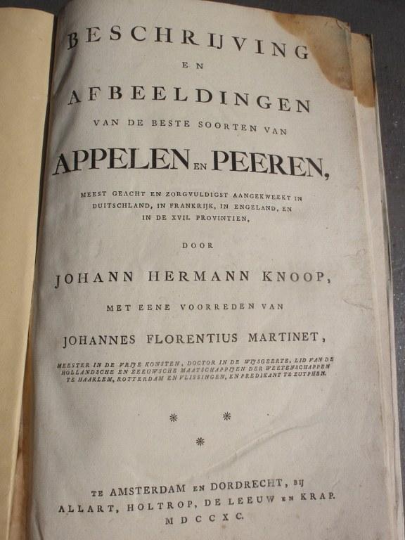 Rare 18th century Dutch book on apples and pears by Johann Hermann Knoop