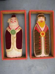 Sara and Abraham dolls-1