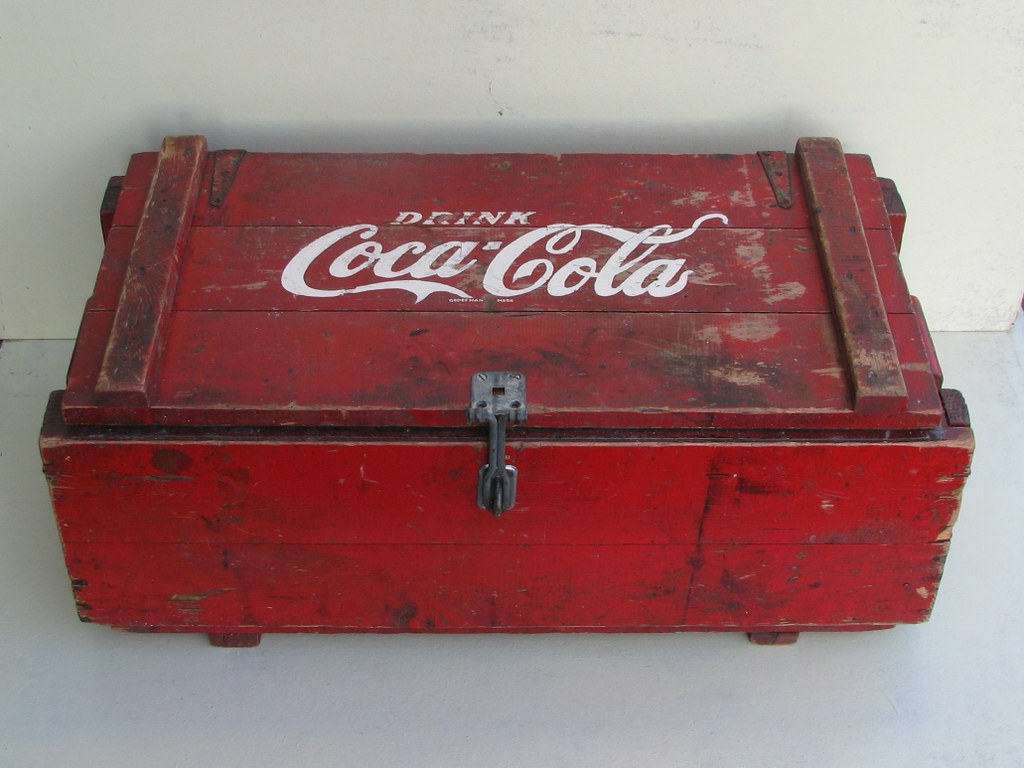 Dutch wooden Coa-Cola cool box from the fifties-2