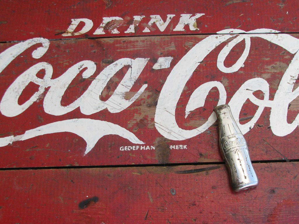 Dutch wooden Coa-Cola cool box from the fifties-5