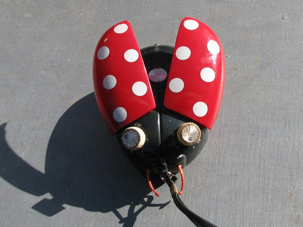 Portable AM radio Sonnet Ladybug LT303 by Dreamland Electronics-2