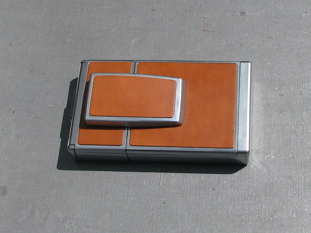 Polaroid SX-70 Land camera 1972-1