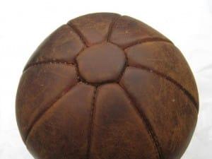 Antieke leren bal voor krachttraining-3