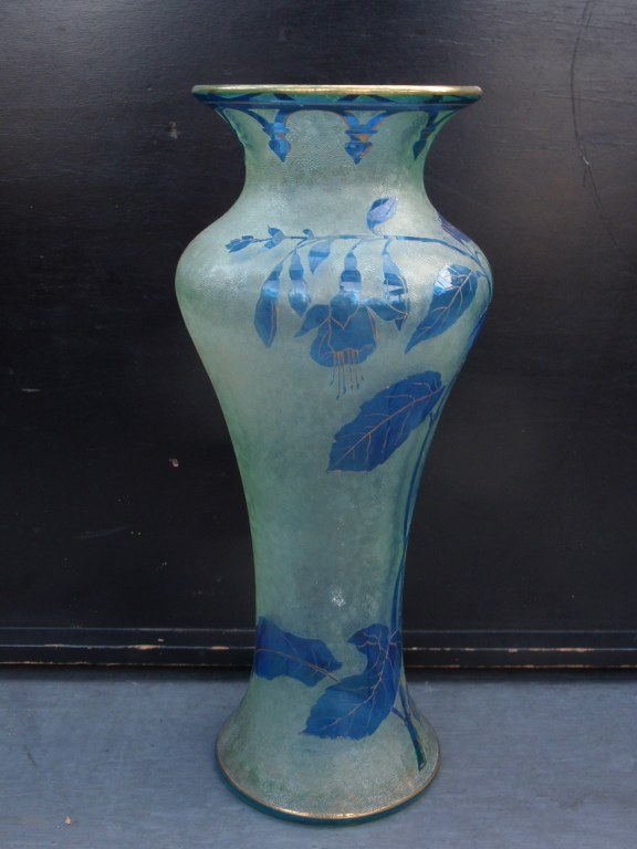 Baccarat cameo fuchsia vase 1900