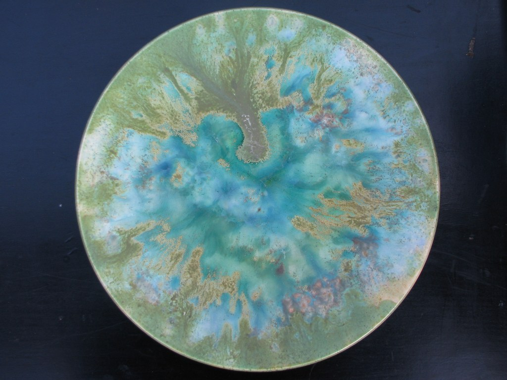 Wall plate with green crystal glazes by Frans Slot